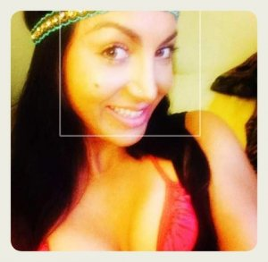 Cendrine escort girls in Carrboro & thai massage