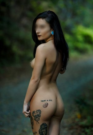 Melusine escort and erotic massage