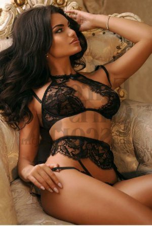 Maeliss erotic massage in Malone and live escorts